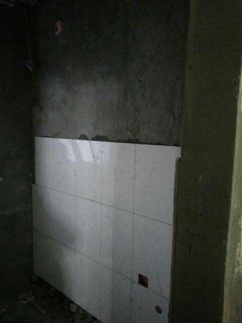 爱空间厨卫瓷砖_351810