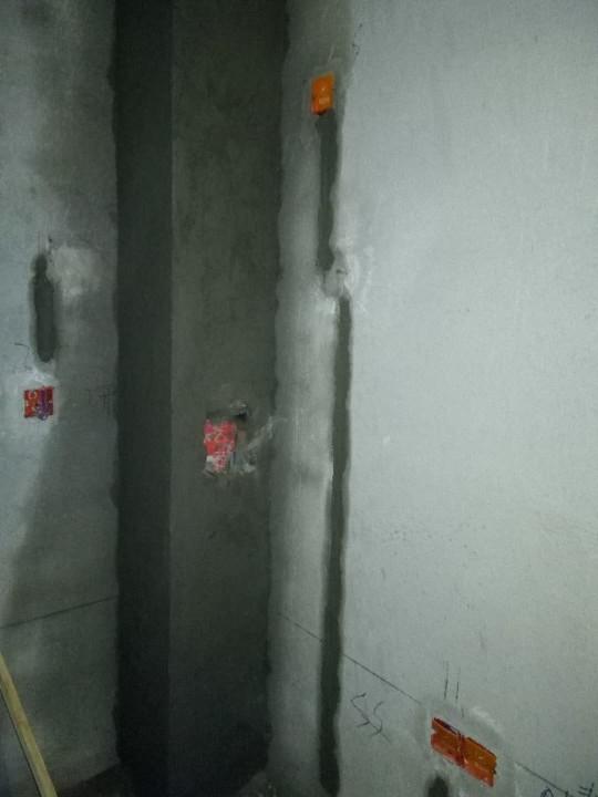 爱空间厨卫墙砖完工_2703569