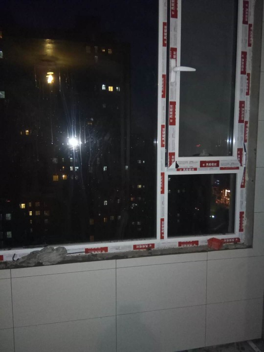 爱空间厨卫墙砖完工_2724868