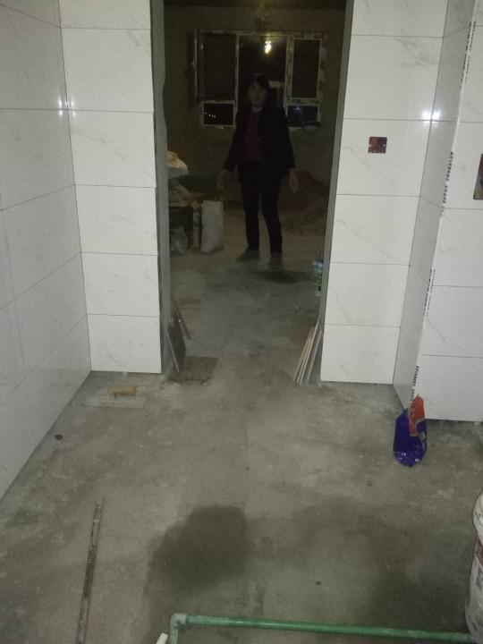 爱空间厨卫墙砖完工_2727269