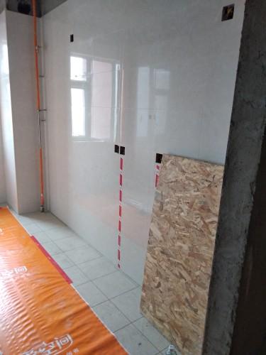 爱空间厨卫墙砖完工_1790663