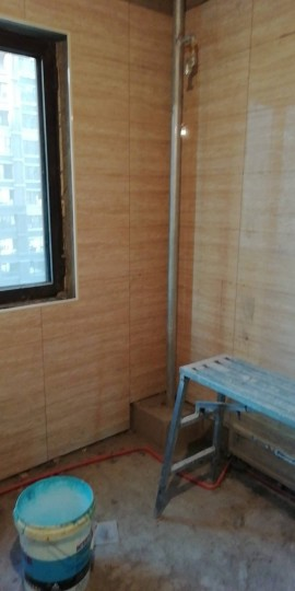 爱空间厨卫墙砖完工_1797844