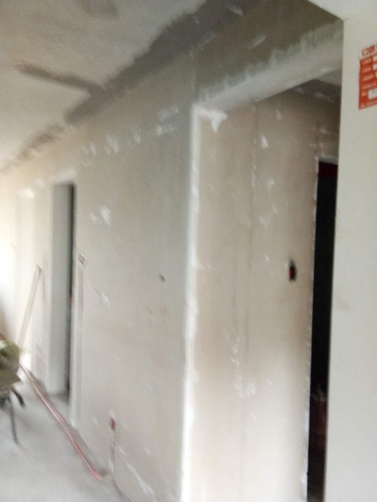 爱空间厨卫墙砖完工_2133513