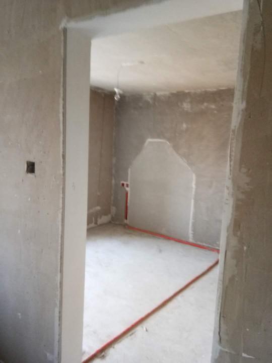 爱空间厨卫墙砖完工_2133516
