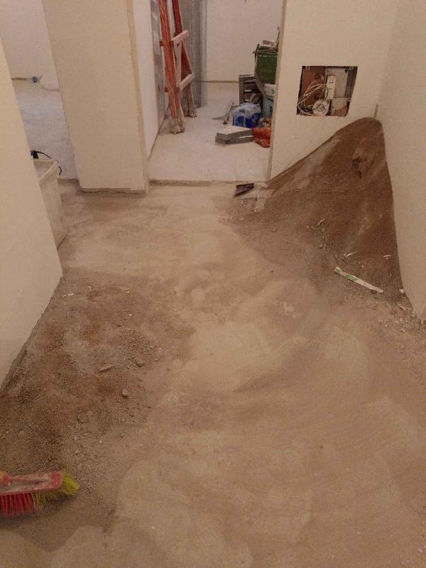 爱空间厨卫墙砖完工_2183502