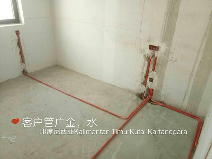 爱空间厨卫墙砖完工_2235256