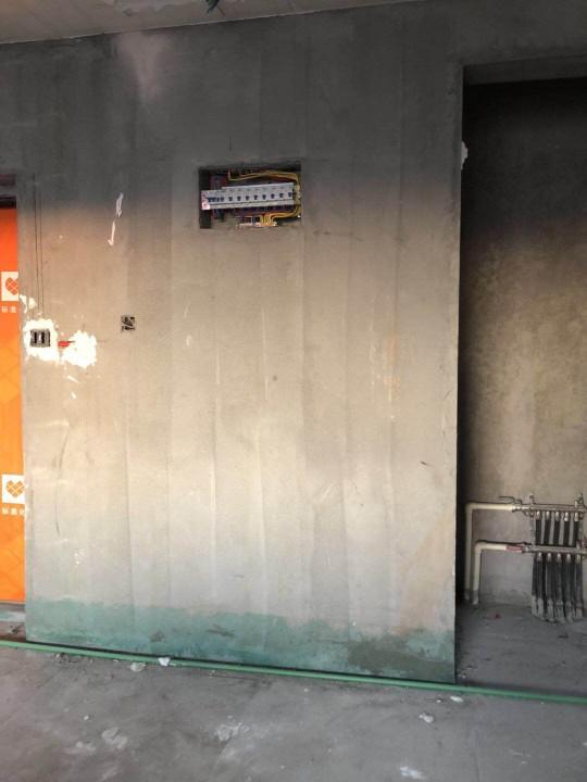 爱空间厨卫墙砖完工_2654000