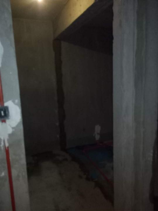 爱空间厨卫墙砖完工_2664429