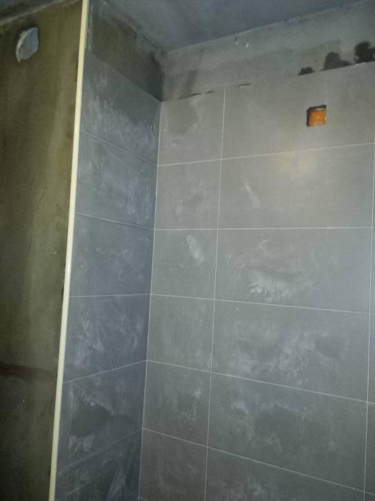 爱空间厨卫墙砖完工_2669870