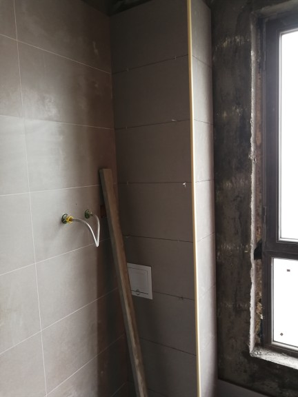 爱空间厨卫墙砖完工_2680927