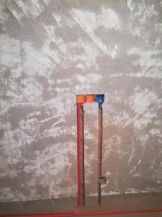 爱空间厨卫墙砖完工_2689938