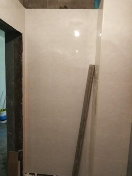 爱空间厨卫墙砖完工_2687377