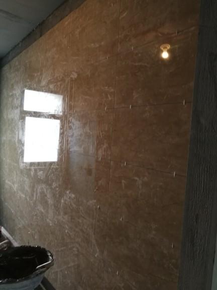 爱空间厨卫墙砖完工_2687255