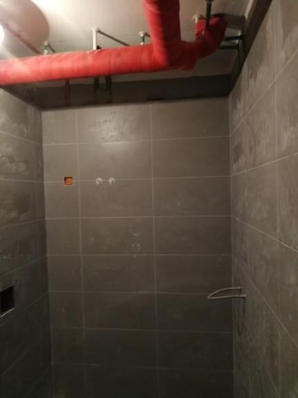 爱空间厨卫墙砖完工_2693822