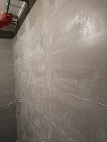 爱空间厨卫墙砖完工_2693823
