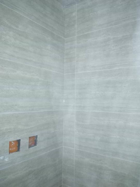 爱空间厨卫墙砖完工_2693819