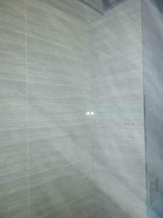爱空间厨卫墙砖完工_2693820