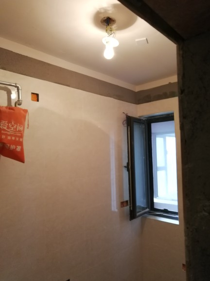 爱空间厨卫墙砖完工_2702707