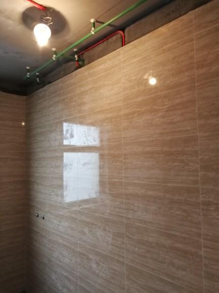 爱空间厨卫墙砖完工_2702726