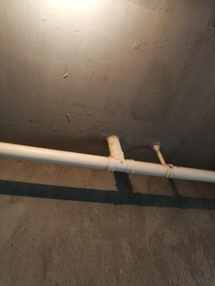 爱空间厨卫墙砖完工_2708450