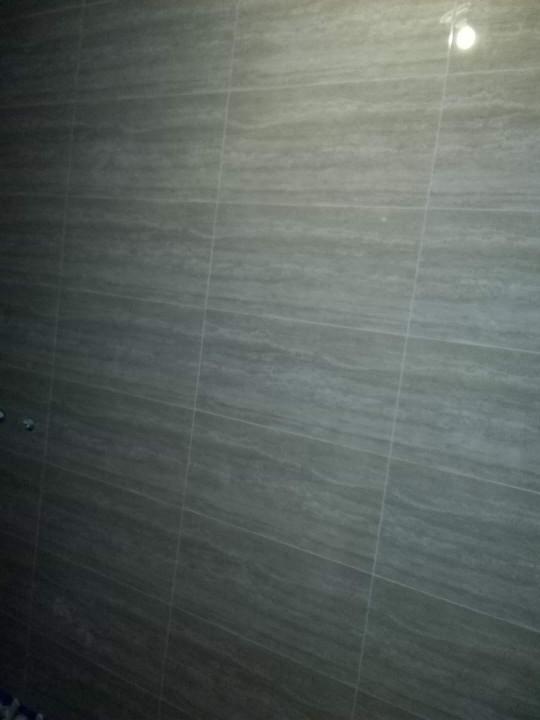 爱空间厨卫墙砖完工_2713481