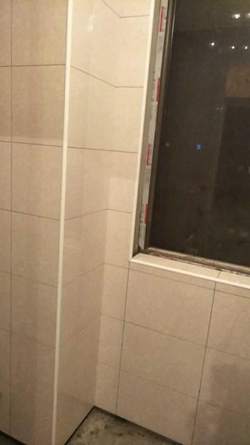 爱空间厨卫墙砖完工_2722244