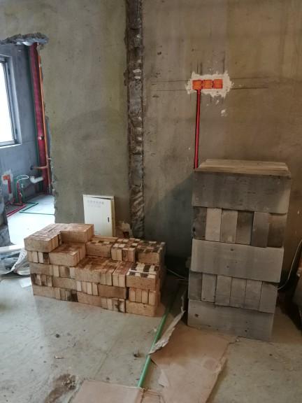 爱空间厨卫墙砖完工_2741950