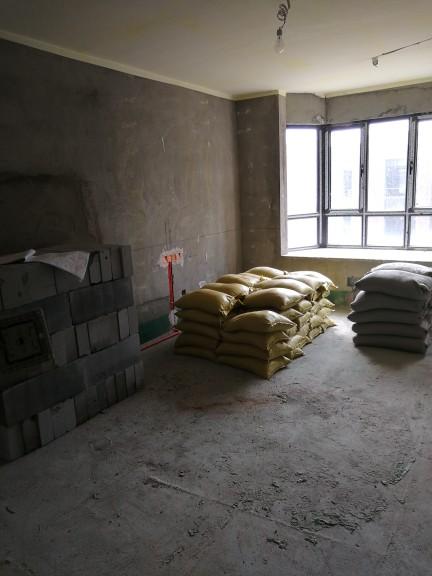 爱空间厨卫墙砖完工_2741952