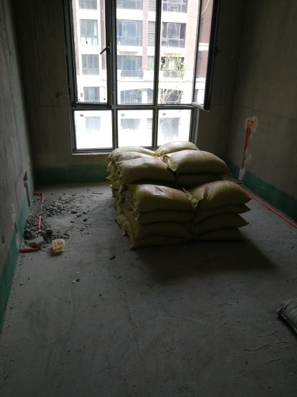 爱空间厨卫墙砖完工_2741953