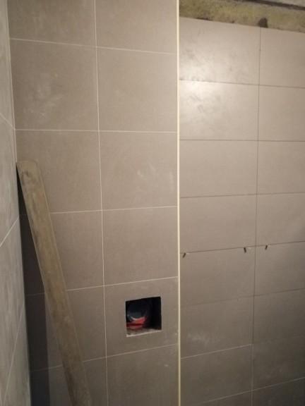 爱空间厨卫墙砖完工_2761833