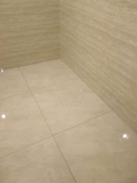 爱空间厨卫墙砖完工_2764950