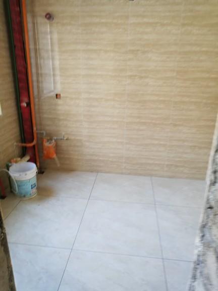 爱空间厨卫墙砖完工_2766632