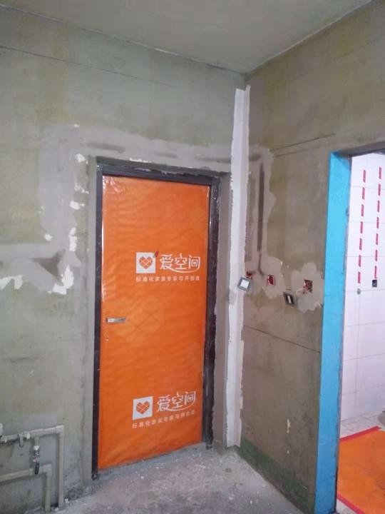 爱空间厨卫墙砖完工_2781378