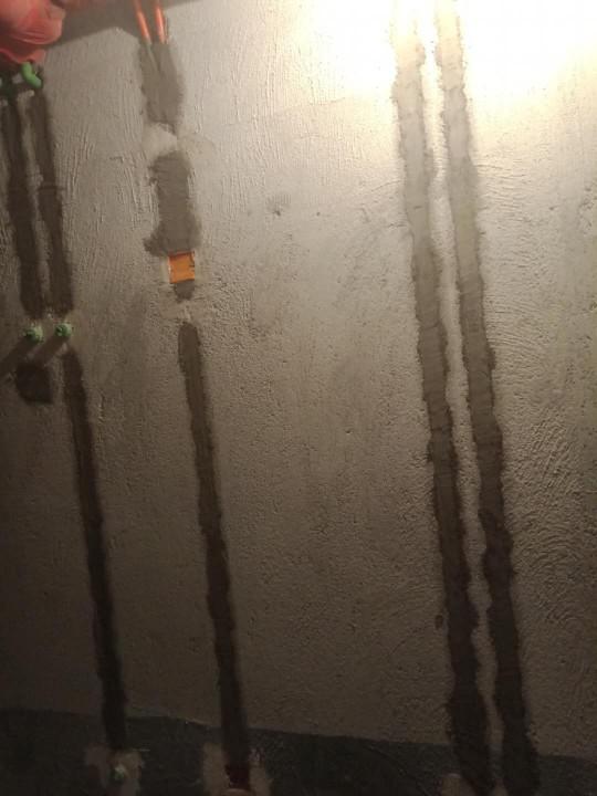 爱空间厨卫墙砖完工_2816951