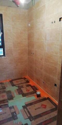 爱空间厨卫墙砖完工_2841425