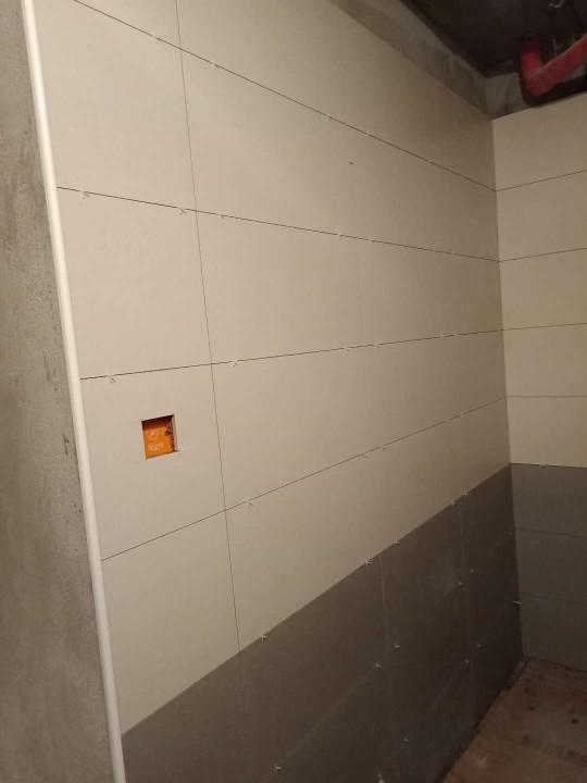 爱空间厨卫墙砖完工_2847690