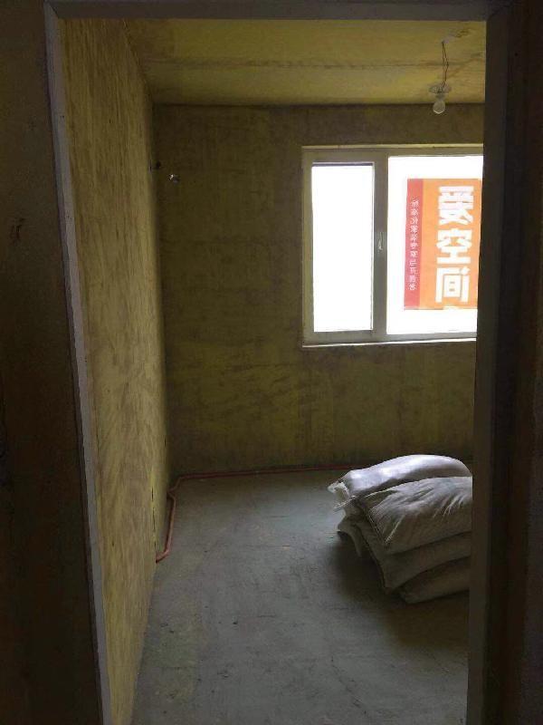 爱空间厨卫墙砖完工_2847653
