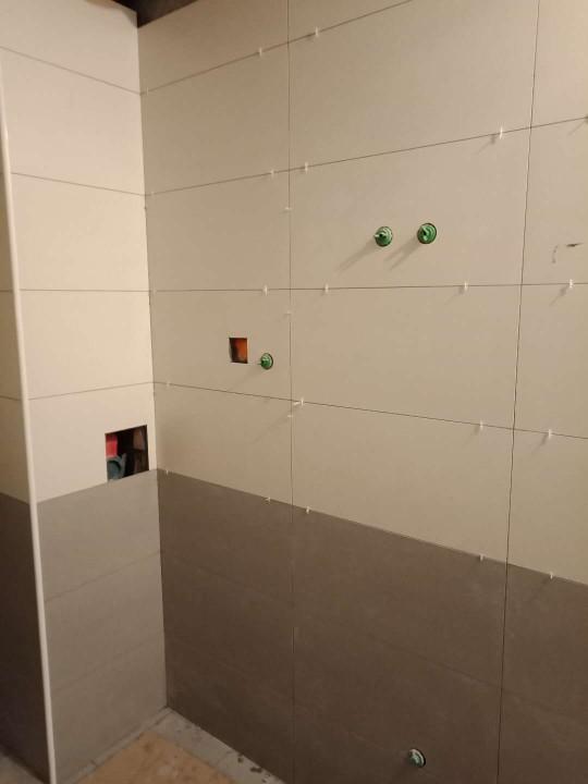 爱空间厨卫墙砖完工_2855545
