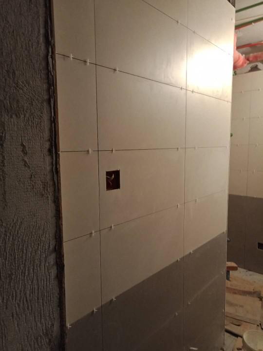 爱空间厨卫墙砖完工_2863337