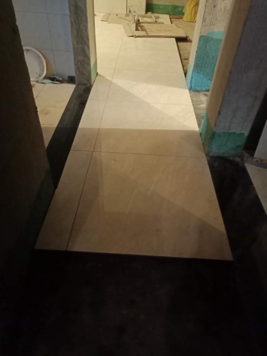 爱空间厨卫墙砖完工_2863339