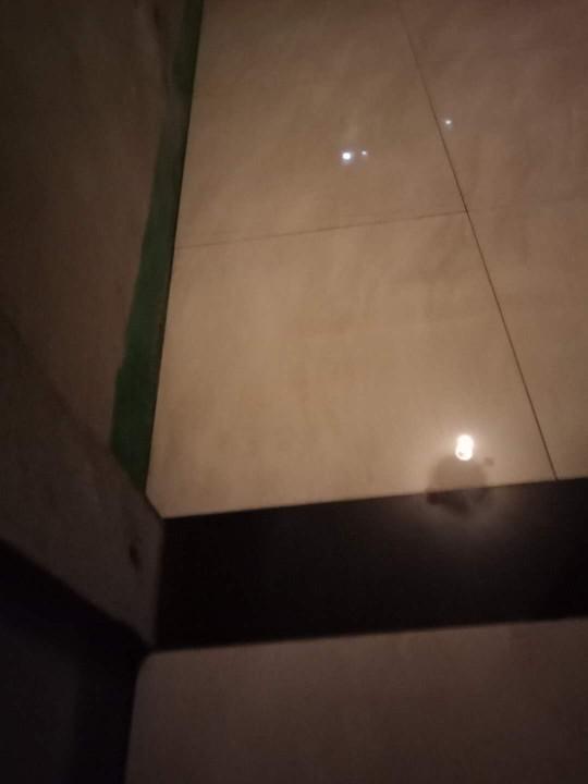 爱空间厨卫墙砖完工_2868392