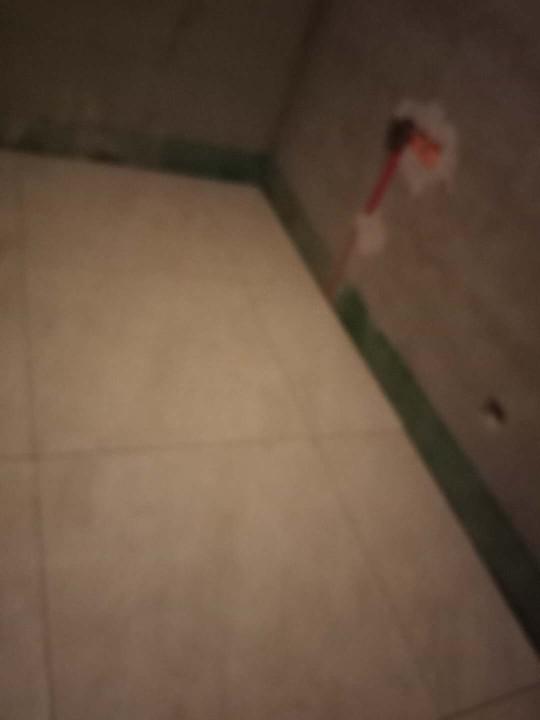 爱空间厨卫墙砖完工_2868394