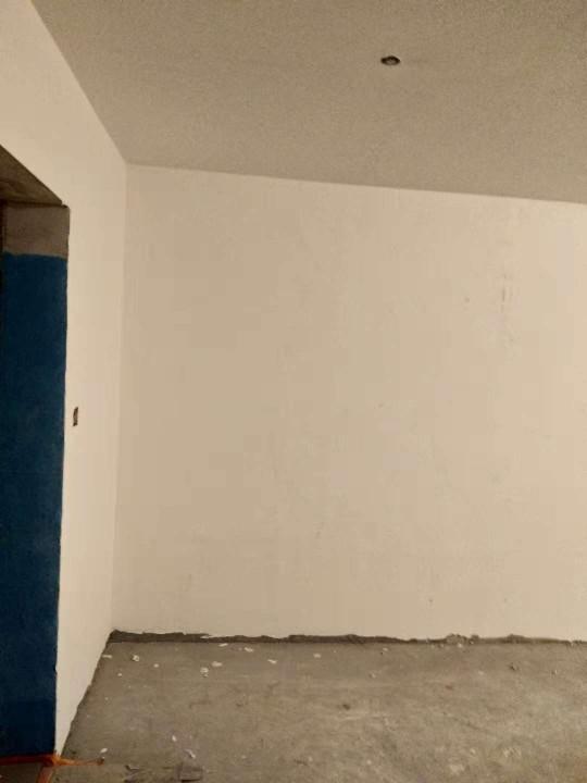爱空间中期施工完工_2917062