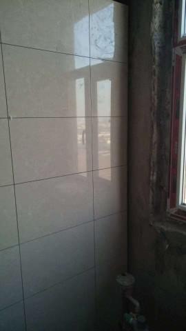 爱空间厨卫墙砖完工_3084632