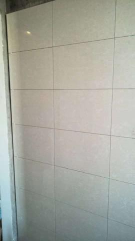 爱空间厨卫墙砖完工_3084633