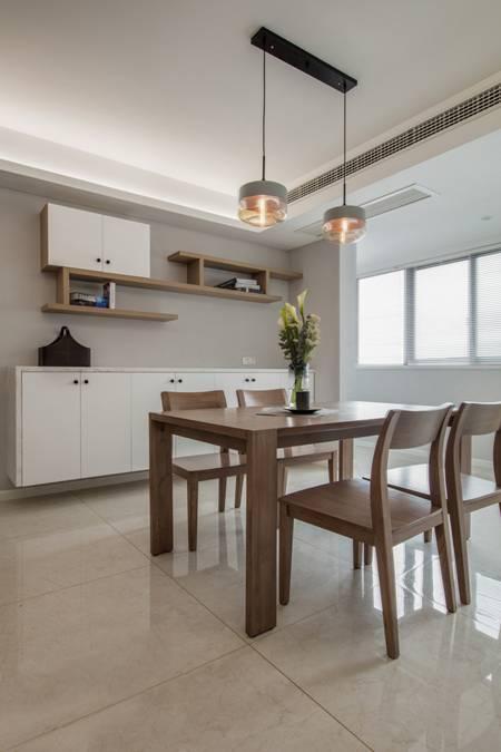 装修入住阶段_橡木色优雅百平三居 简约设计不简单的家_图片2