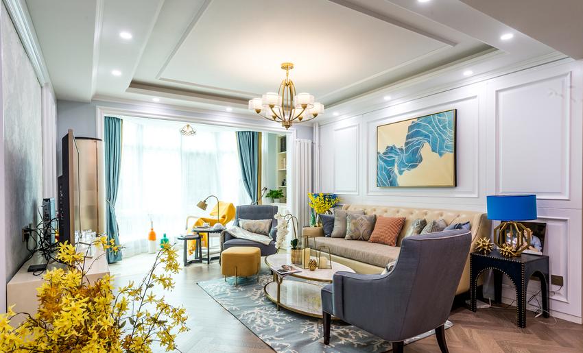客厅的色彩搭配典雅不落俗套,看得出屋主是一个注重生活品质的人。