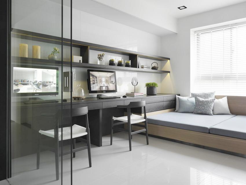 书房用客厅角落隔出来,充满现代感的书柜、书桌。