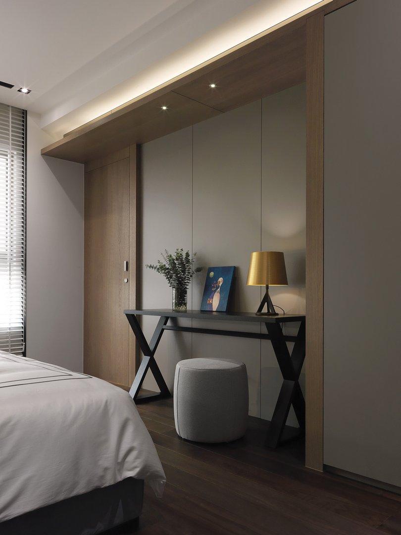 没有布置卧室电视墙,可以感受休闲时刻的舒适。