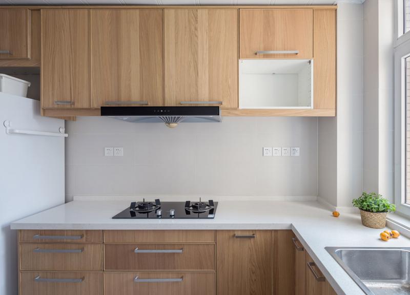 厨房清爽、简单。